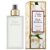 Mahogany Petales de Roses Blanches